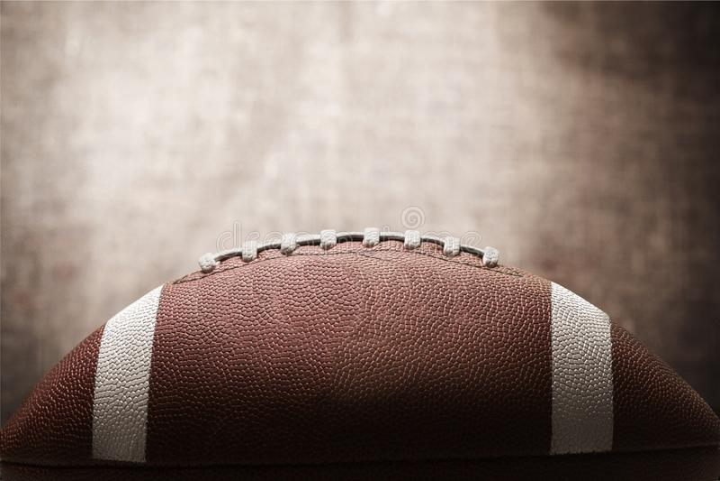Bola do futebol americano, opinião do close-up fotografia de stock