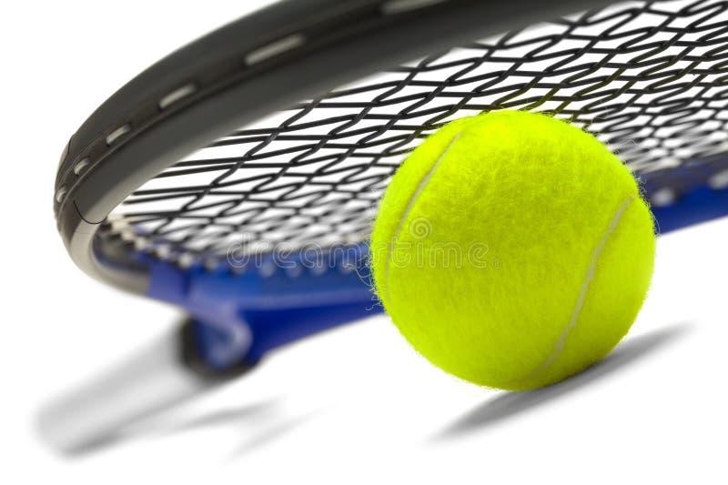 Bola e raquete de tênis imagens de stock royalty free