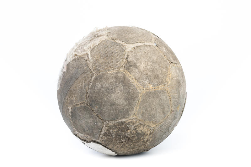 Bola muy vieja para el fútbol aislada fotografía de archivo libre de regalías
