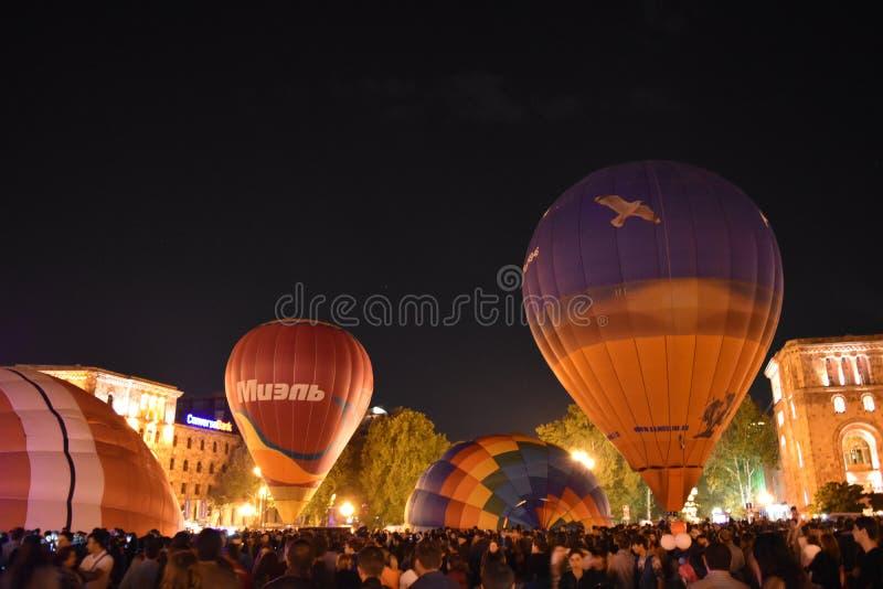 Bola, nubes, skyball, noche foto de archivo