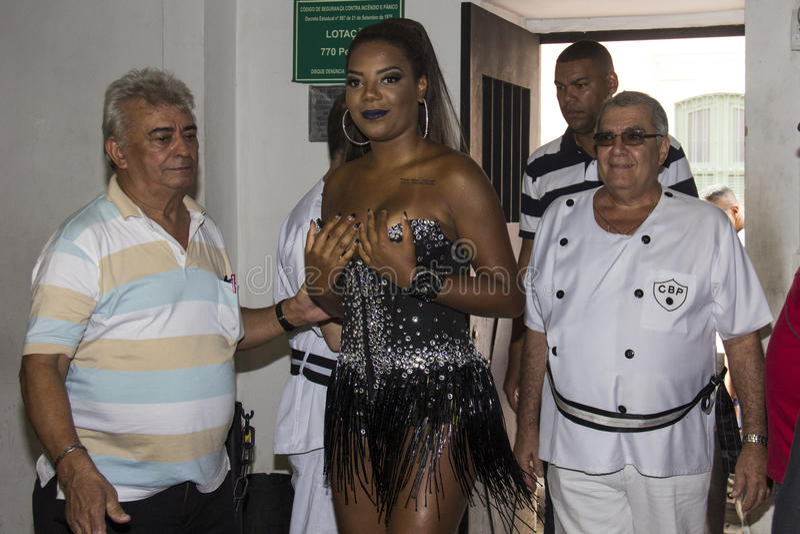 Bola Preta fait le couronnement de la reine 2016 de son carnaval images libres de droits