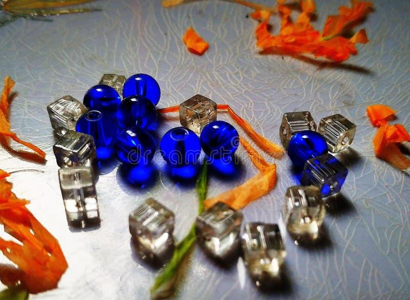 Bolas de cristal azuis foto de stock