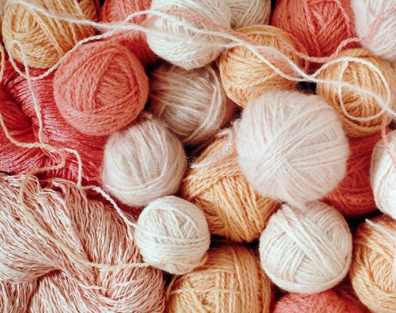 Bolas de lana rosadas fotografía de archivo