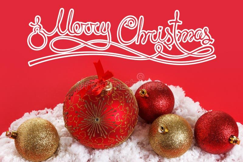 Bolas do conceito do Feliz Natal, cumprimentando imagem de stock royalty free