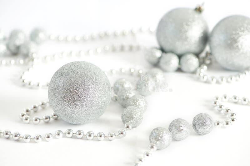 Bolas efervescentes brilhantes do Natal foto de stock royalty free