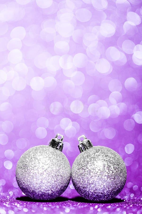 Bolas hermosas de la Navidad del brillo fotos de archivo