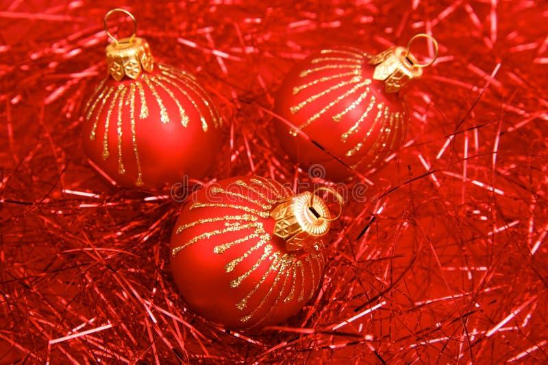 Download Bolas rojas de la Navidad foto de archivo. Imagen de bauble - 7289860