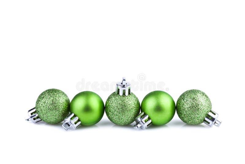 Bolas verdes de la Navidad imagen de archivo libre de regalías