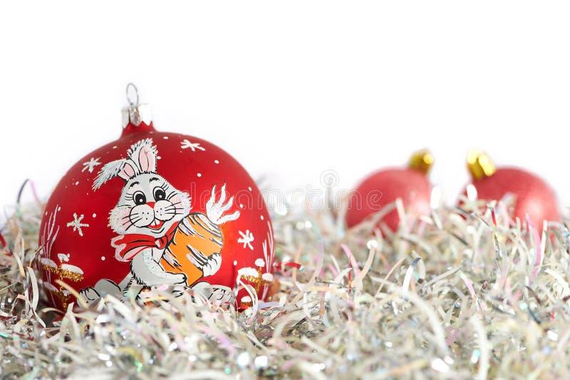 Bolas y oropel de la Navidad imagen de archivo libre de regalías