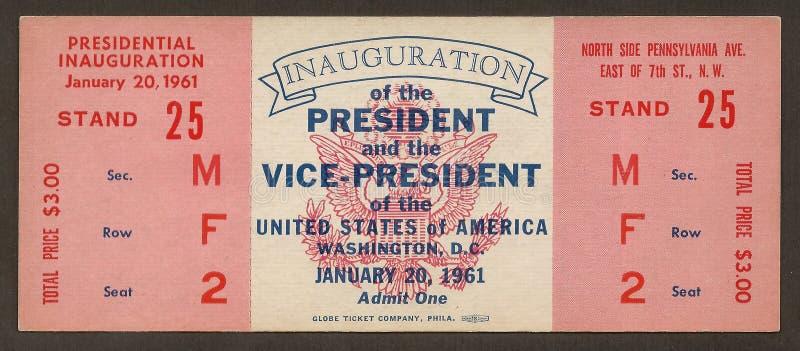 Boleto a la inauguración de John F. Kennedy fotos de archivo