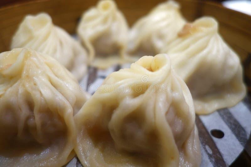 Bolinha de massa tradicional Xiao Long Bao da sopa foto de stock