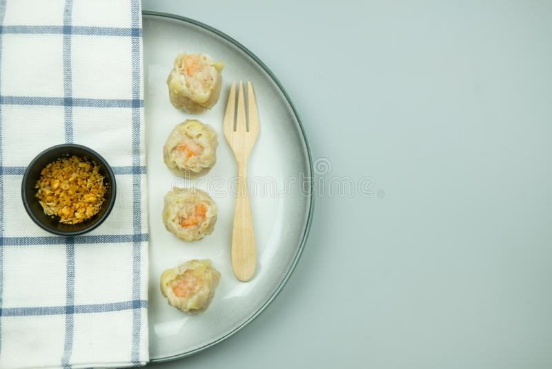 Bolinhas de massa cozinhadas chinesas do camar?o fotografia de stock royalty free