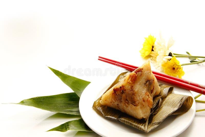 Bolinhas de massa ou zongzi chinês asiático do arroz fotos de stock royalty free