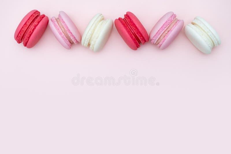 Bolinhos de amêndoa, doce colorido e saboroso para o cozimento e o restaurante m imagem de stock royalty free