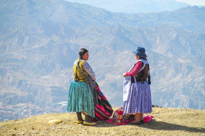 Boliviaanse cholitavrouwen royalty-vrije stock foto