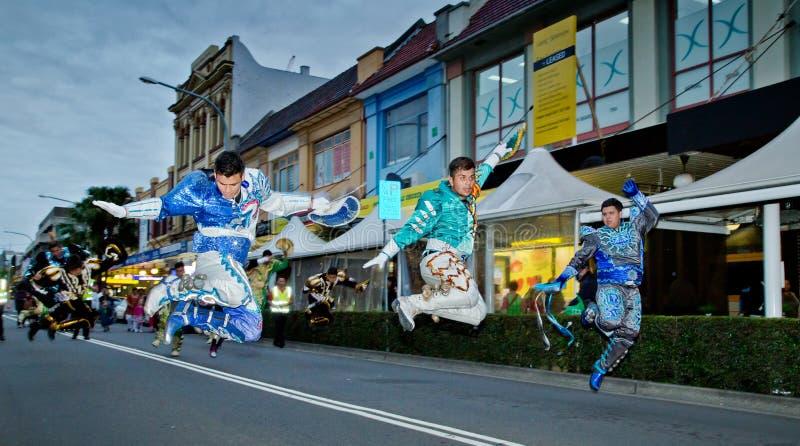 Boliviaanse dansers bij multicultureel festival in Sydney stock fotografie