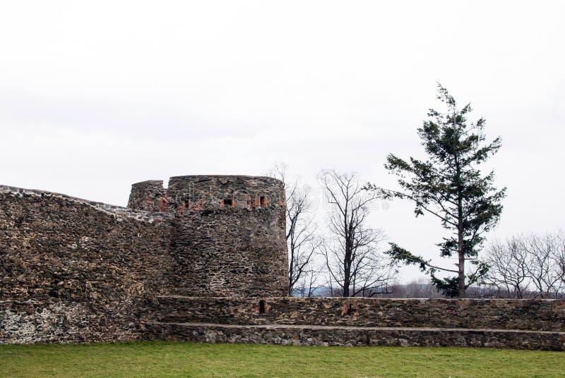 Bolkow slott, litet torn Fäll ned Silesia royaltyfria bilder