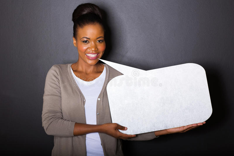 Bolla africana del testo dello spazio in bianco della donna fotografia stock libera da diritti