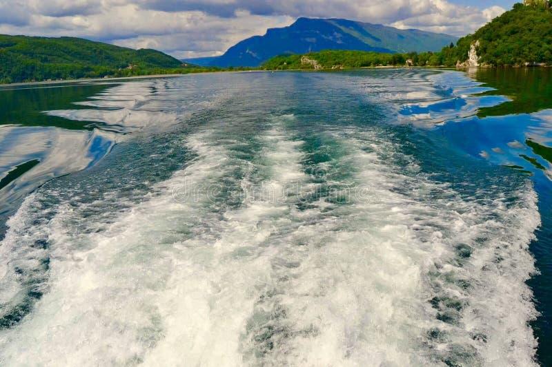 Bolle sul lago pacifico immagini stock libere da diritti