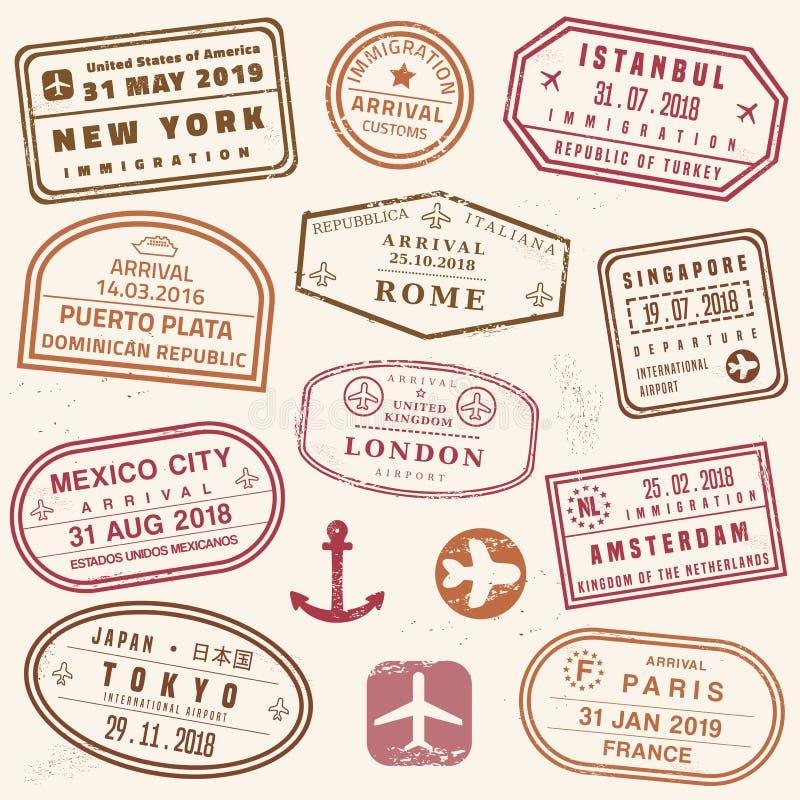 Bolli del passaporto di vettore royalty illustrazione gratis