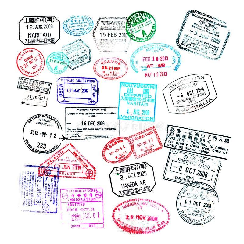 Bolli del passaporto isolati su bianco illustrazione vettoriale