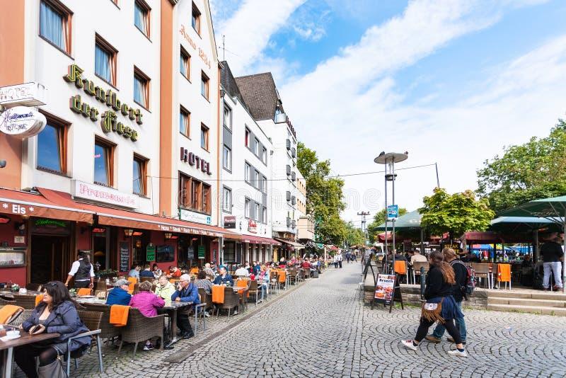 Am Bollwerk promenade in de stad van Keulen stock afbeelding