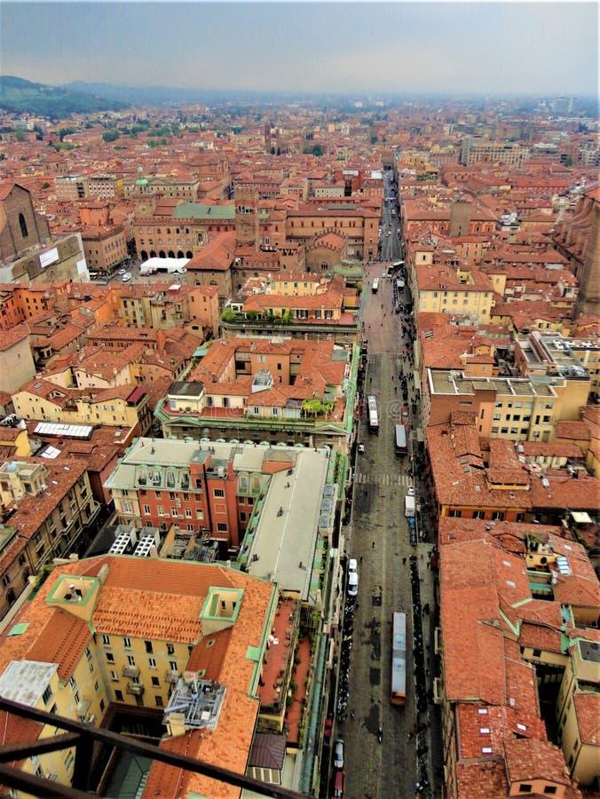 Bolońskie miasto z góry, Włochy Historia, czas, sztuka i piękno fotografia stock