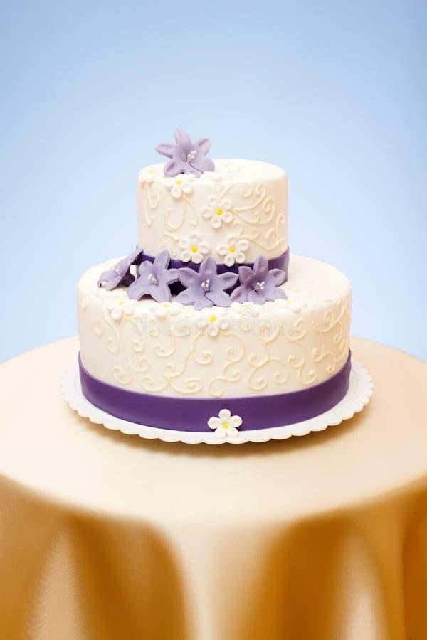bolo de casamento Dois-contado fotografia de stock
