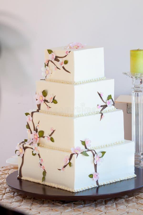 Bolo de casamento tradicional fotografia de stock