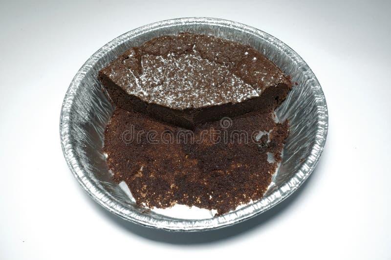 Bolo de chocolate comido foto de stock royalty free