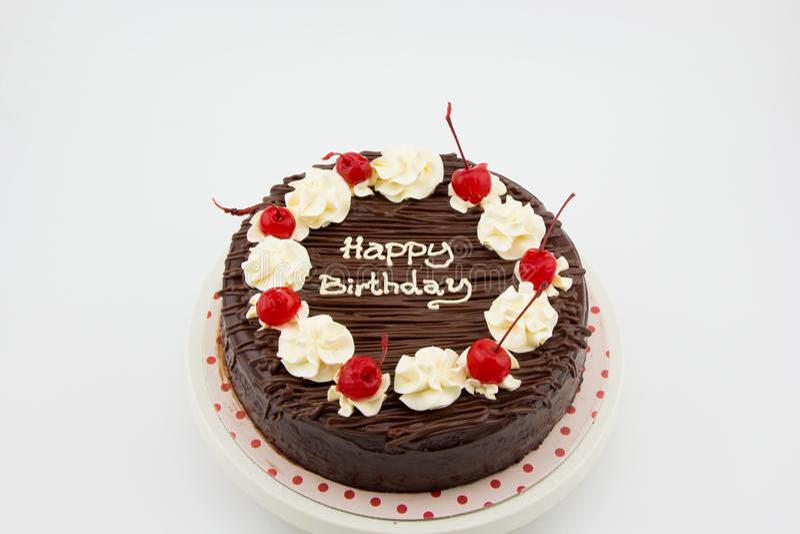 Bolo de chocolate, bolo do caramelo de chocolate com mensagem do feliz aniversario fotografia de stock royalty free