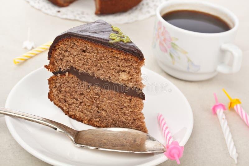 Bolo de chocolate mergulhado dobro fotografia de stock