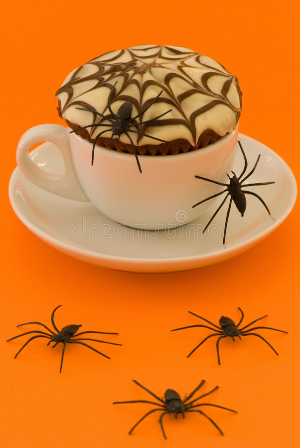 Bolo de Halloween Spiderweb fotografia de stock royalty free