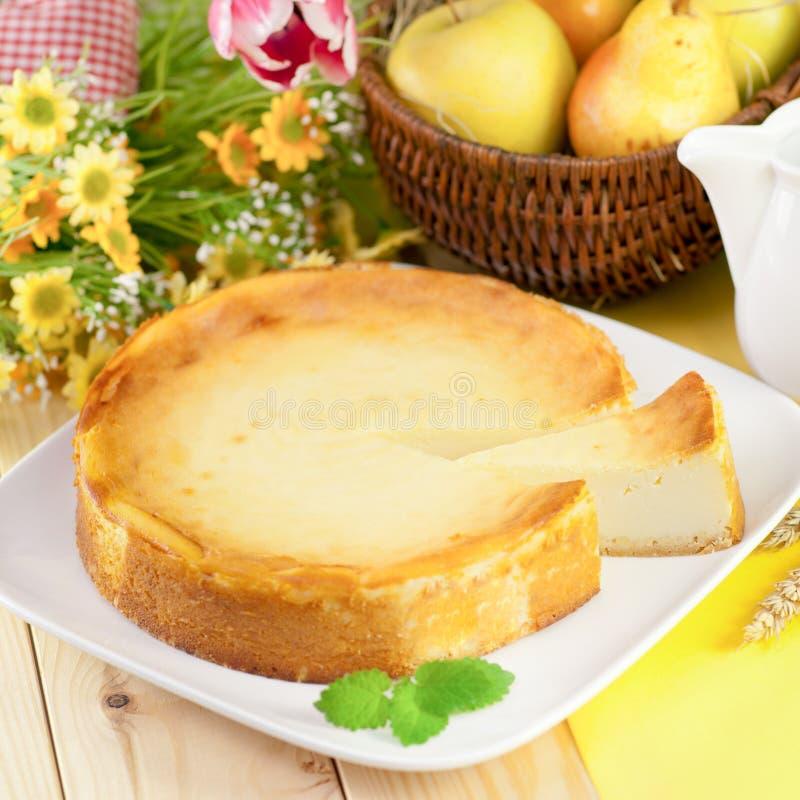 Bolo de queijo fresco foto de stock