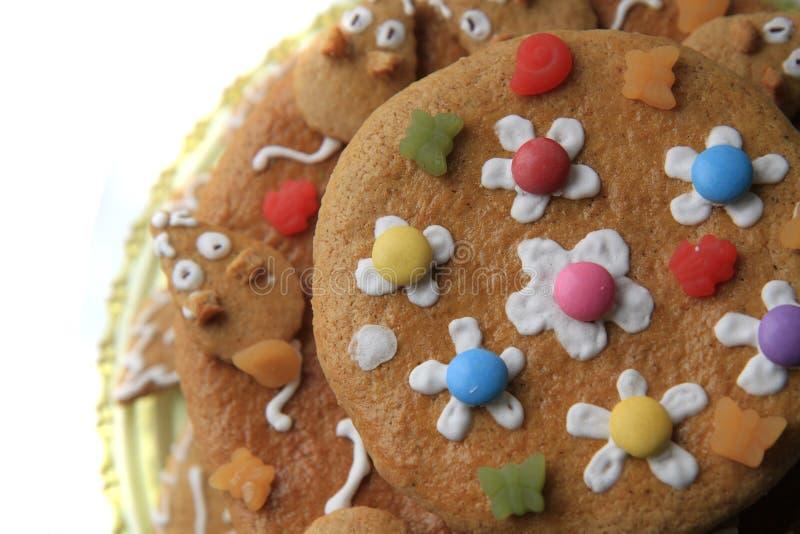bolo do pão-de-espécie do aniversário fotografia de stock royalty free