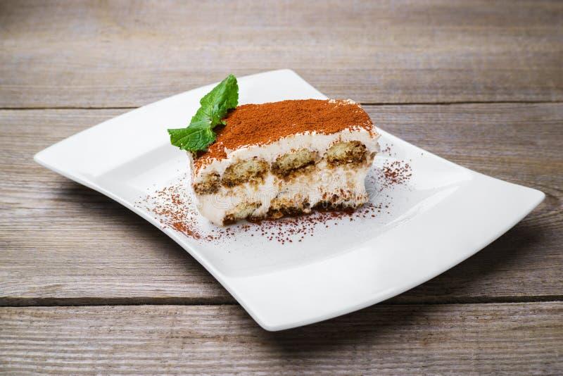 Bolo do Tiramisu, sobremesa italiana tradicional imagens de stock