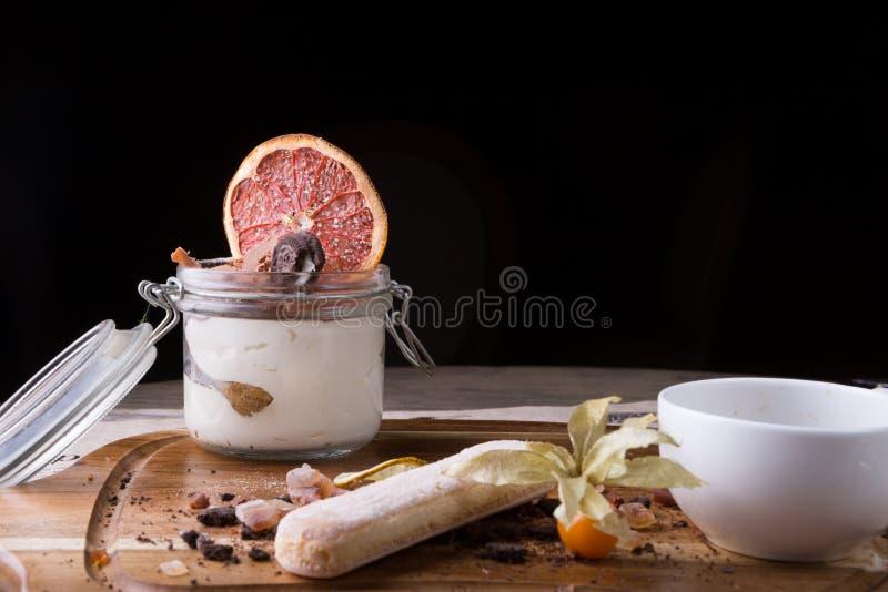 Bolo italiano da sobremesa fotografia de stock
