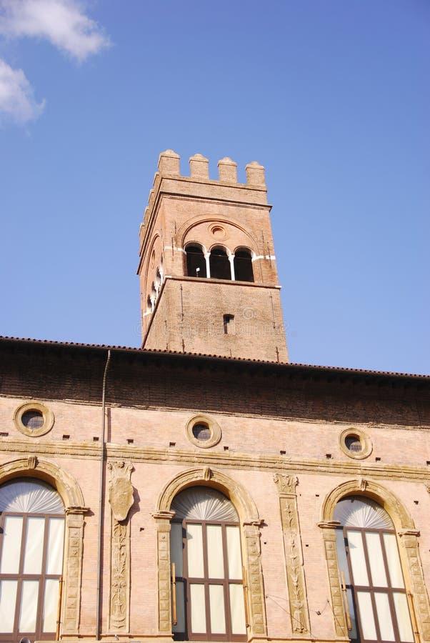 Download Bologna image stock. Image du tour, place, ville, monument - 8667877