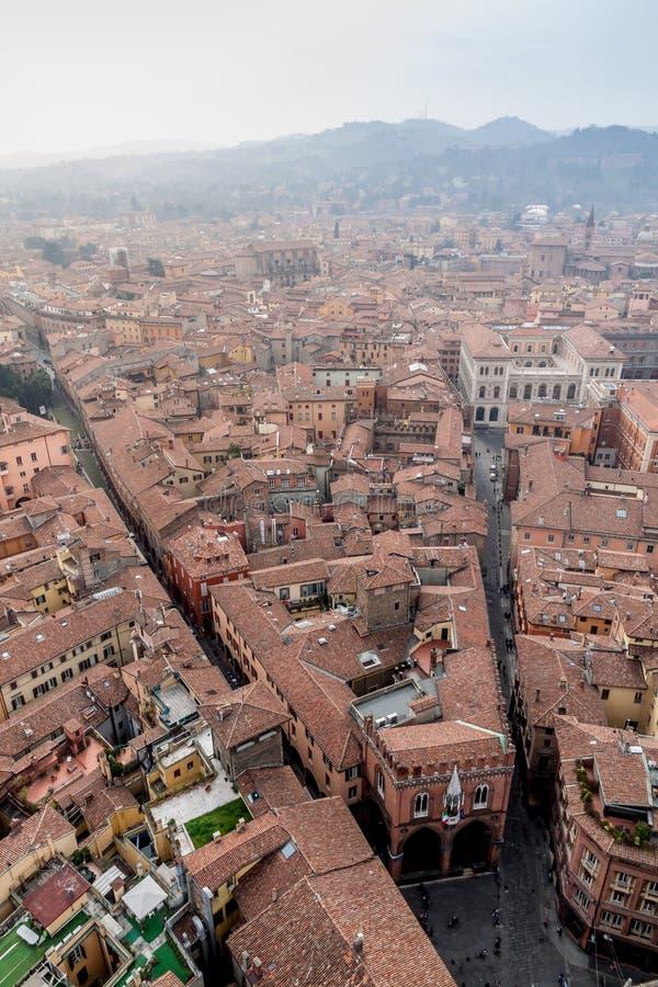 Bologna från det Asinelli tornet royaltyfria foton