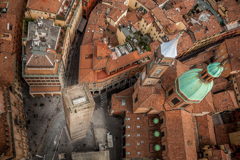 Bologna från det Asinelli tornet royaltyfri foto