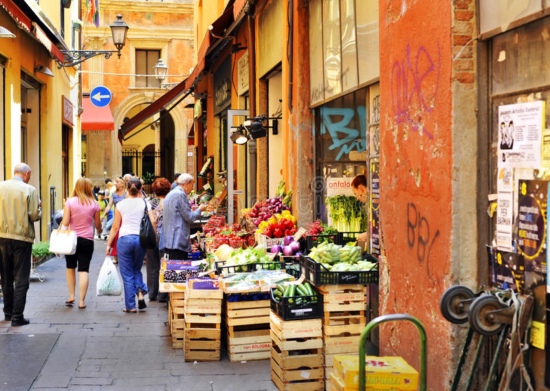 Download Bologna - Fruit And Vegetables Market Editorial Stock Image - Image: 25263849