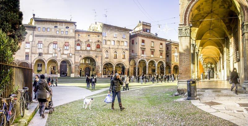 Bologna, Italia - 27 dicembre 2015: Quadrato di Santo Stefano fotografia stock libera da diritti