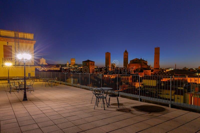 bologna Sonnenuntergang über der Stadt stockfoto