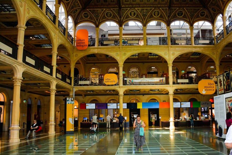 Bologna Włochy Bilblioteca Sala Borsa fotografia stock