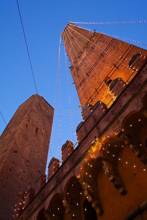 Bologna zwei Kontrolltürme stockfoto