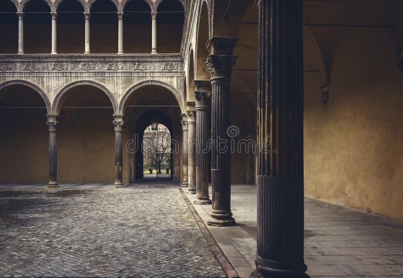 Bolognastadsborggård arkivfoto