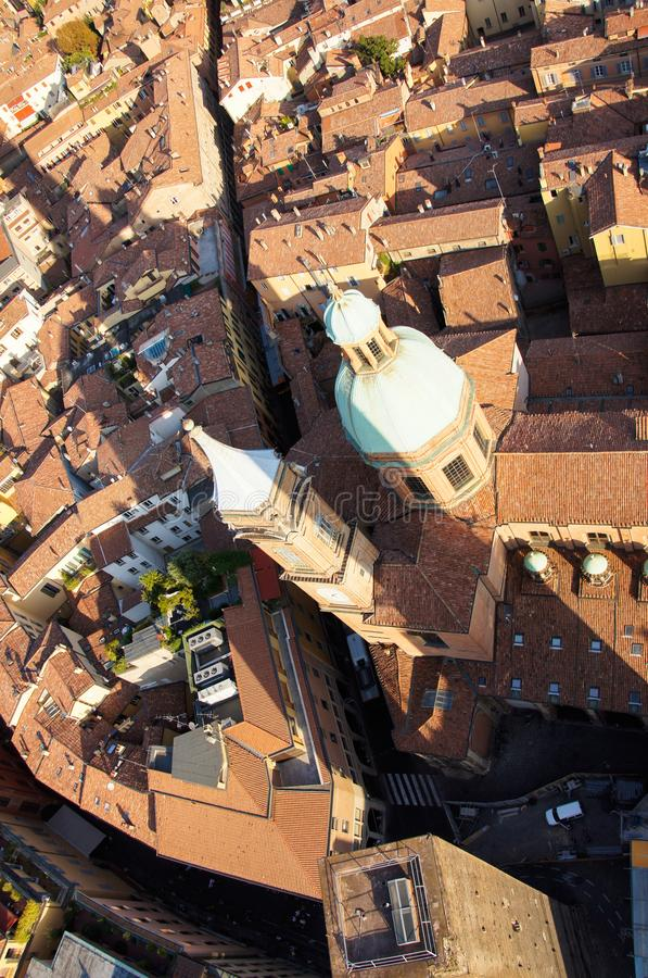 Bolognastadtansicht von zwei Türmen stockfoto