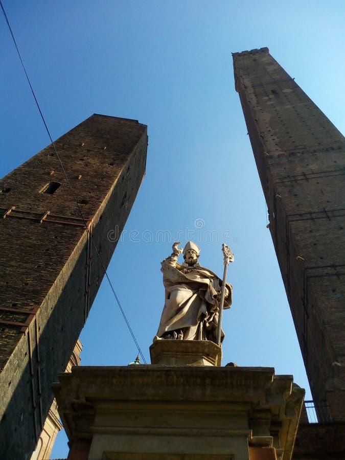 Bolognatürme stockbild