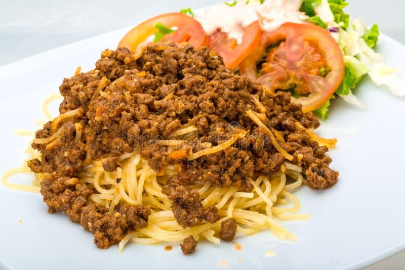 Download Bolognese макаронные изделия Стоковое Изображение - изображение насчитывающей свеже, вкусно: 40591789