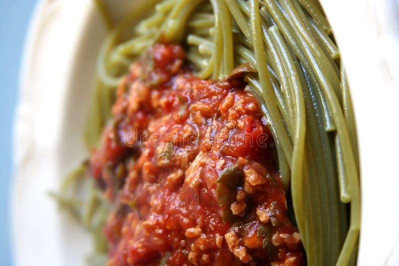 Download Bolognese соя тарелки стоковое фото. изображение насчитывающей спагетти - 483718